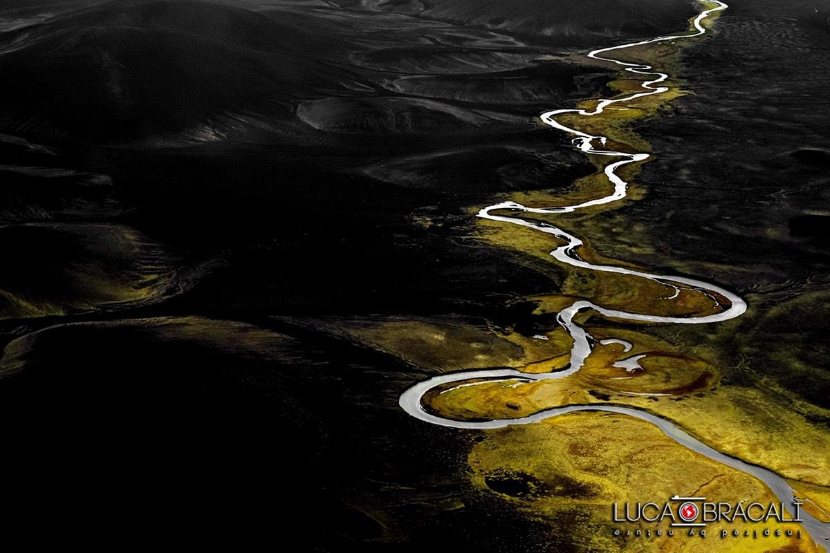Iceland_aerial_photo_luca_bracali08