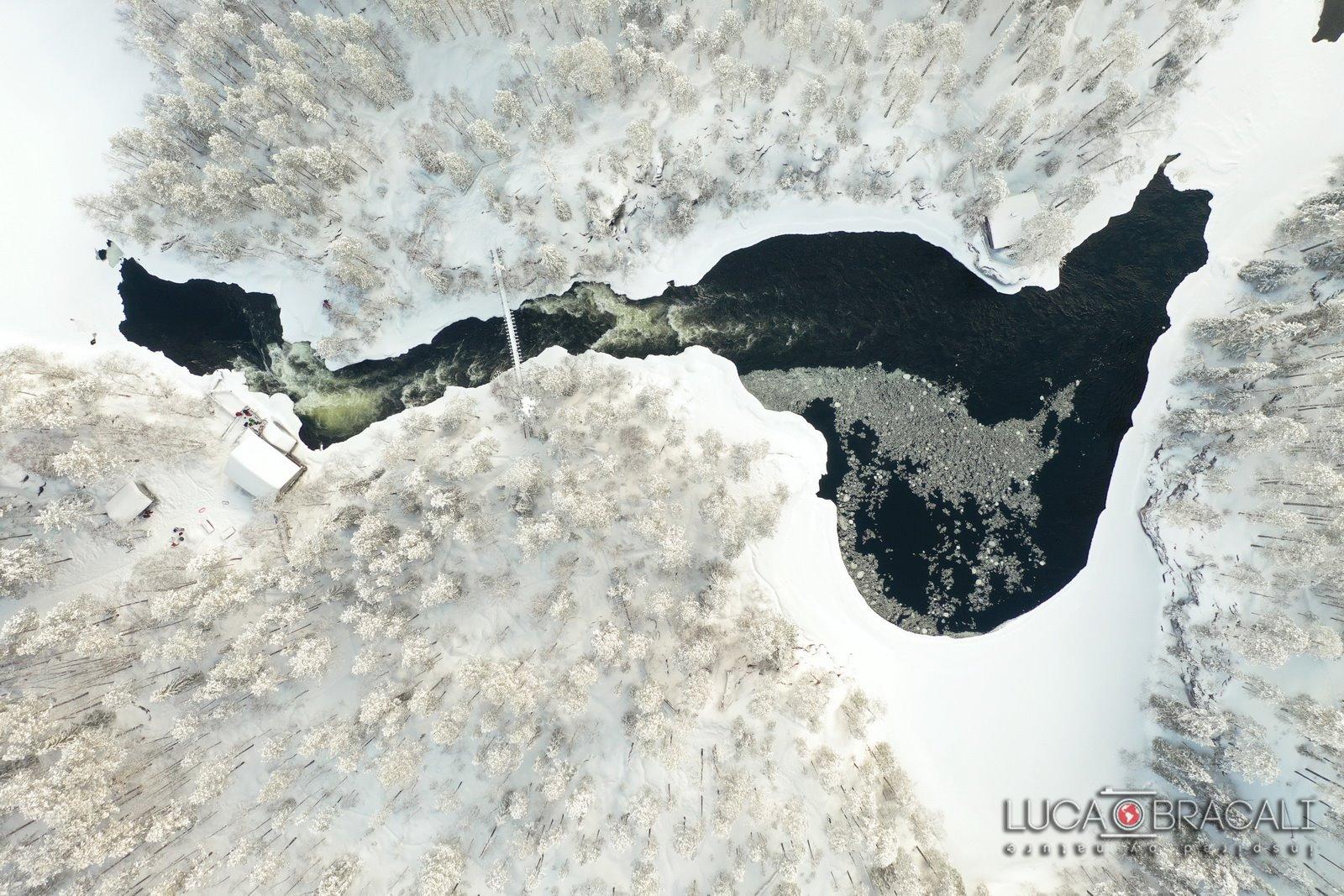 Lapponia_Finlandese_ice_lake