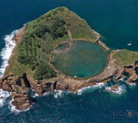 Foto di Luca Bracali realizzata con drone alle isole Azzorre