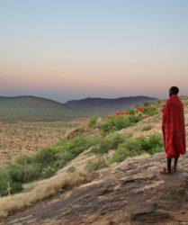 Viaggio fotografico in Kenya con Luca Bracali e Laura Scatena, foto di backstage con Masai