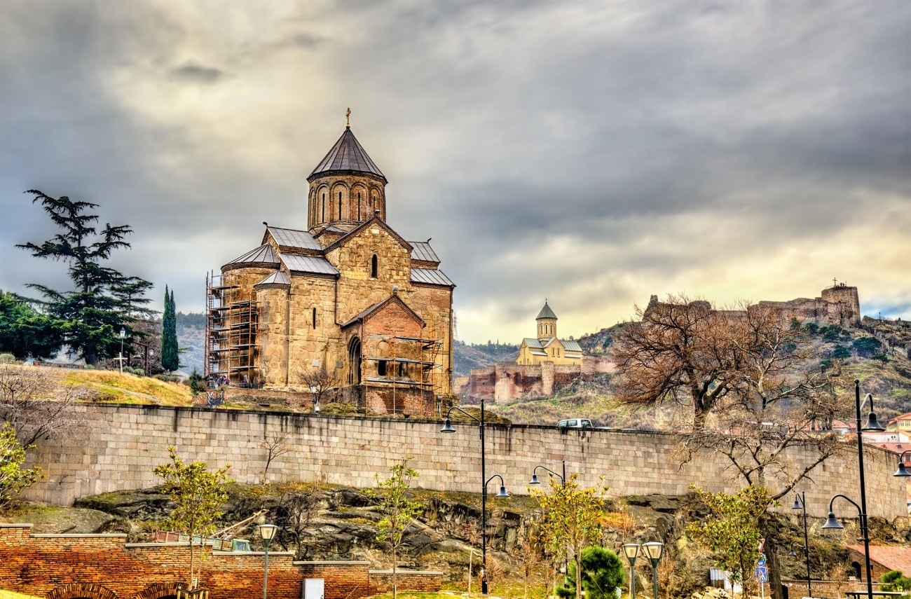 viaggio fotografico-_Metekhi a Tbilisi, Georgia-min
